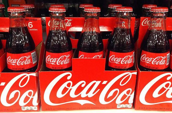 Chai Coca-Cola đầu tiên được tạo ra với mục đích gì? Cùng đi tìm lý do ra đời thực sự của những thứ quen thuộc hàng ngày - Ảnh 1.