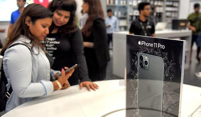 Lệnh hạn chế nhập khẩu smartphone lắp ráp tại Trung Quốc của chính phủ Ấn Độ đe dọa ảnh doanh số của dòng iPhone 12 - Ảnh 1.