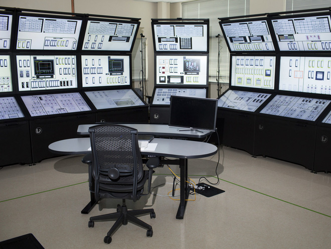 30 dòng code đã phá hủy một máy phát điện 27 tấn như thế nào? - Ảnh 1.