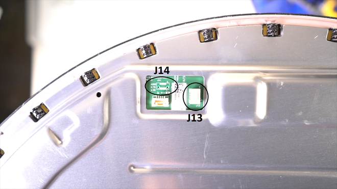 Mổ bụng chảo vệ tinh Đĩa Thị Mặt Mẹt của Starlink: toàn là chip do SpaceX tự sản xuất, có dàn ăng-ten tí hon hướng lên trời tự động dò vệ tinh để bắt sóng - Ảnh 18.