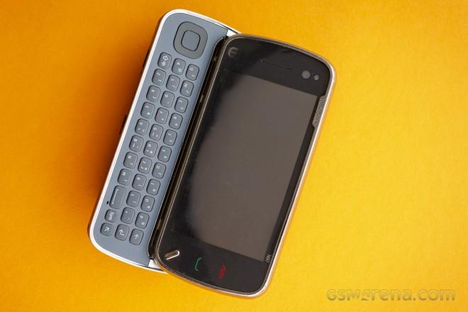 Nokia N97: tưởng là iPhone killer hóa ra lại là thứ giết chết chính Nokia - Ảnh 2.