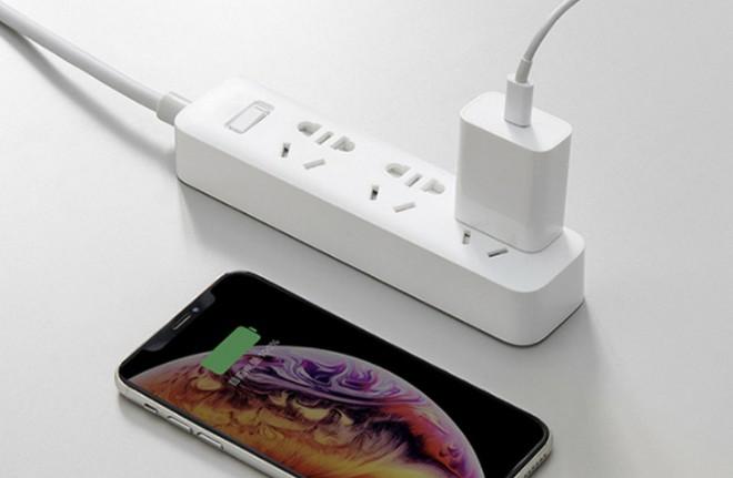 Xiaomi ra mắt cục sạc nhanh USB-C 20W, giá 115 ngàn đồng, tương thích với iPhone 12 - Ảnh 1.