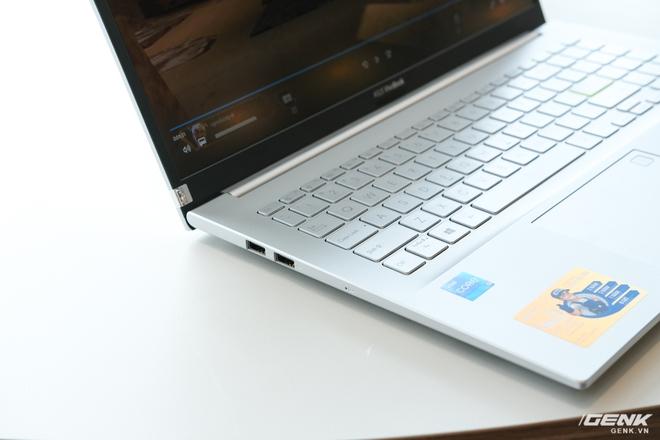 Cận cảnh laptop VivoBook 14/15 mới chạy Intel Xe: Cuối cùng một chiếc laptop chạy đồ họa Intel đã có thể chơi sương sương game AAA - Ảnh 6.