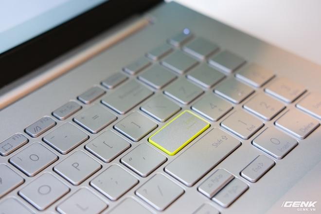 Cận cảnh laptop VivoBook 14/15 mới chạy Intel Xe: Cuối cùng một chiếc laptop chạy đồ họa Intel đã có thể chơi sương sương game AAA - Ảnh 5.