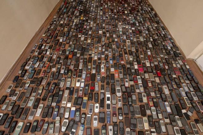 Choáng ngợp với bộ sưu tập điện thoại di động trong 20 năm của người đàn ông Thổ Nhĩ Kỳ - Ảnh 3.