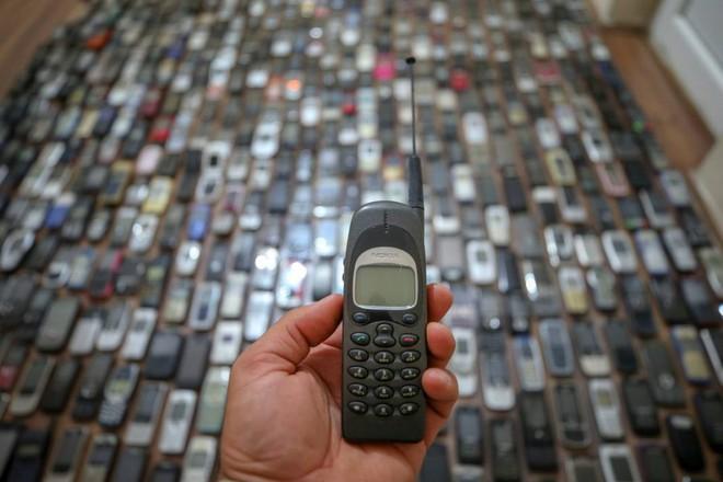 Choáng ngợp với bộ sưu tập điện thoại di động trong 20 năm của người đàn ông Thổ Nhĩ Kỳ - Ảnh 11.