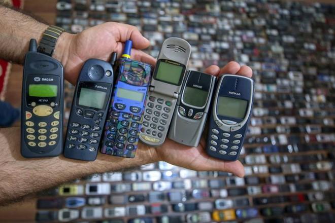 Choáng ngợp với bộ sưu tập điện thoại di động trong 20 năm của người đàn ông Thổ Nhĩ Kỳ - Ảnh 14.