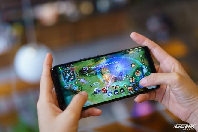 Đánh giá ASUS ROG Phone 3: chiếc smartphone đa nhân cách lúc xịn lúc xịt - Ảnh 10.