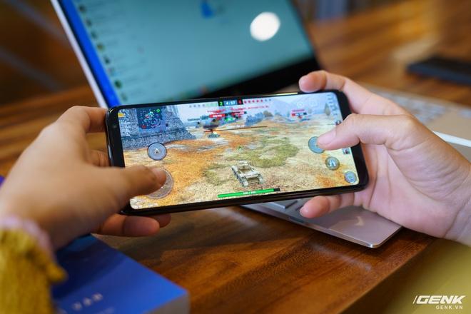 Đánh giá ASUS ROG Phone 3: chiếc smartphone đa nhân cách lúc xịn lúc xịt - Ảnh 13.