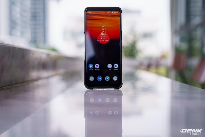 Đánh giá ASUS ROG Phone 3: chiếc smartphone đa nhân cách lúc xịn lúc xịt - Ảnh 2.