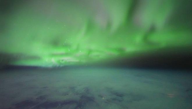 Ngắm những hình ảnh ấn tượng về cực quang phương Bắc được chụp từ quái vật bóng đêm Sony a7S III - Ảnh 4.