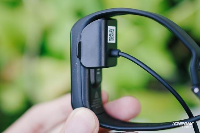 Chi tiết Galaxy Fit2: Smartband đáng mua trong phân khúc dưới 1 triệu đồng - Ảnh 2.