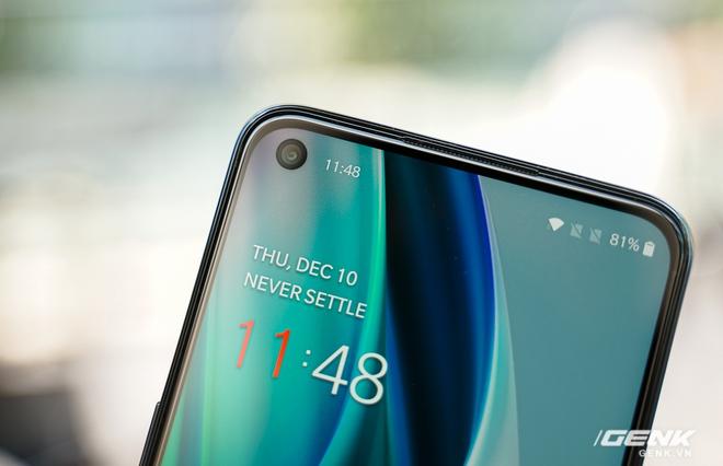 Mở hộp OnePlus Nord N10 5G: Chỉ 8 triệu mà có quá nhiều thứ hay, từ 5G tới màn hình 90Hz, sạc nhanh 30W và cả loa kép - Ảnh 7.