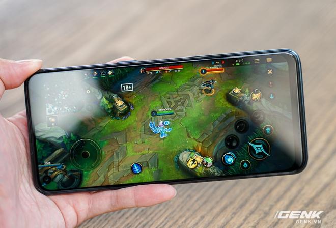 Mở hộp OnePlus Nord N10 5G: Chỉ 8 triệu mà có quá nhiều thứ hay, từ 5G tới màn hình 90Hz, sạc nhanh 30W và cả loa kép - Ảnh 11.