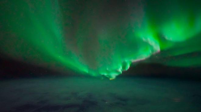 Ngắm những hình ảnh ấn tượng về cực quang phương Bắc được chụp từ quái vật bóng đêm Sony a7S III - Ảnh 5.