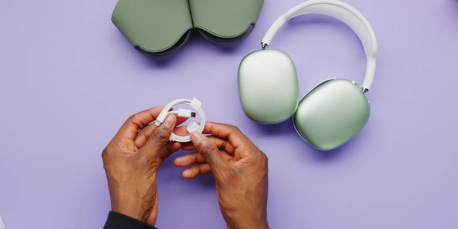 Cận cảnh AirPods Max: Mẫu headphone giá 549 USD của Apple có gì hot? - Ảnh 6.
