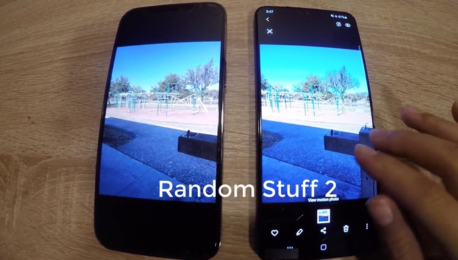 Galaxy S21+ lộ video trên tay: Mặt lưng nhựa, viền mỏng hơn, 3 camera sau, to bằng iPhone 12 Pro Max - Ảnh 4.