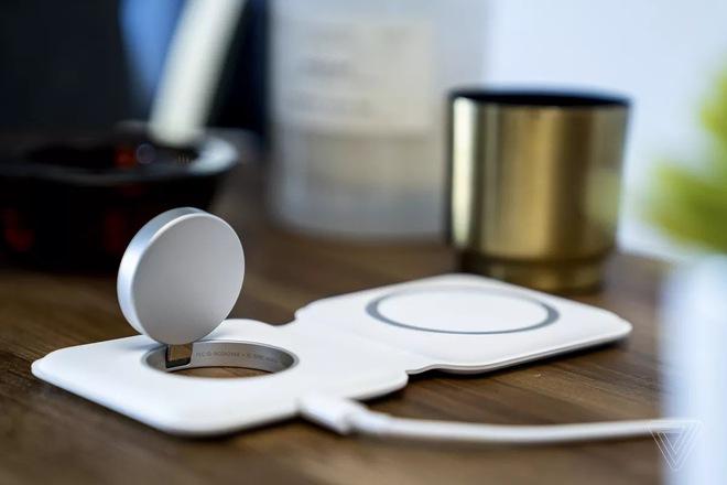 Sạc đôi MagSafe Duo của Apple không tương thích với củ sạc 29W của chính hãng - Ảnh 1.