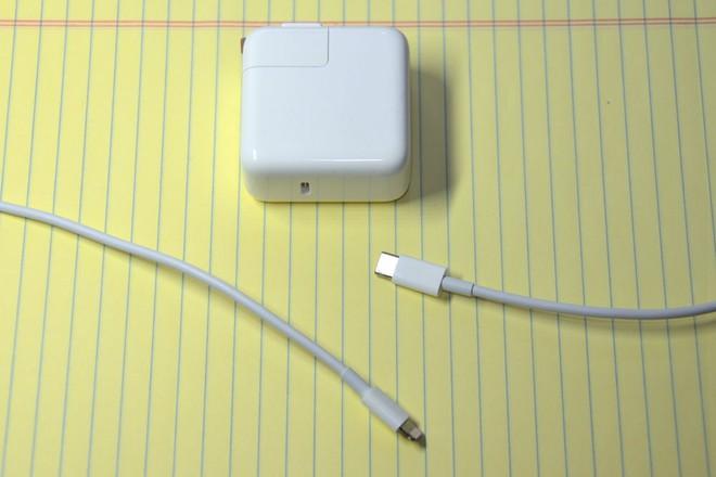 Sạc đôi MagSafe Duo của Apple không tương thích với củ sạc 29W của chính hãng - Ảnh 2.