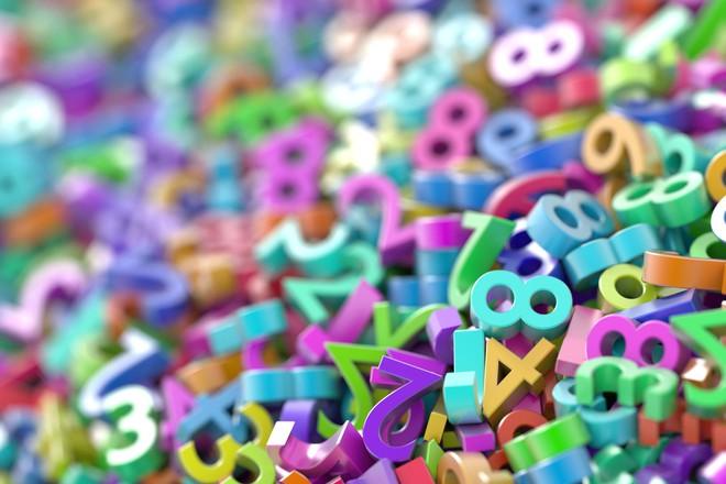 """Hiểu được những cách đếm số khác thường này, ta mới biết tại sao giáo sư Hồ Ngọc Đại lại nói """"hai cộng ba bằng mười"""" - Ảnh 1."""