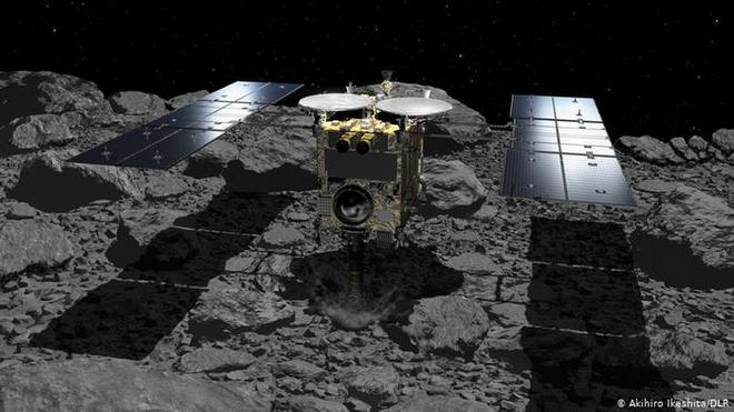 Cận cảnh lớp đất đá được tàu vũ trụ Nhật thu thập từ thiên thạch cách Trái Đất 300 triệu km - Ảnh 3.