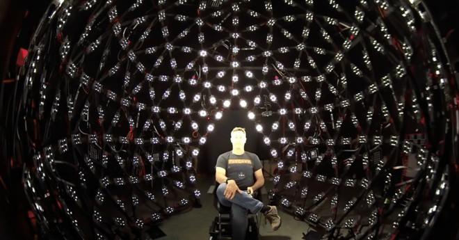 Hệ thống 64 camera và 331 đèn chiếu sáng được Google sử dụng để huấn luyện AI chụp hình của mình - Ảnh 1.