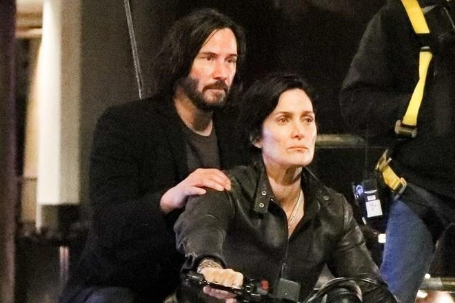 Đây là lý do vì sao Keanu Reeves mê tít những dự án sci-fi như The Matrix hay Cyberpunk 2077 - Ảnh 2.