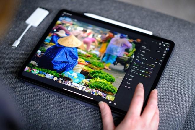 Apple quyết định sử dụng tấm nền OLED cho iPad từ năm 2022 - Ảnh 1.