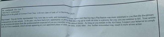 Thành viên của Lực lượng Không gian Mỹ bị giáng chức vì trốn buổi tập để đi mua PS5 - Ảnh 2.