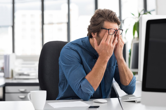 Giải oan cho ánh sáng xanh: Nó có khiến bạn mỏi mắt, mất ngủ hay tổn thương võng mạc không? - Ảnh 4.