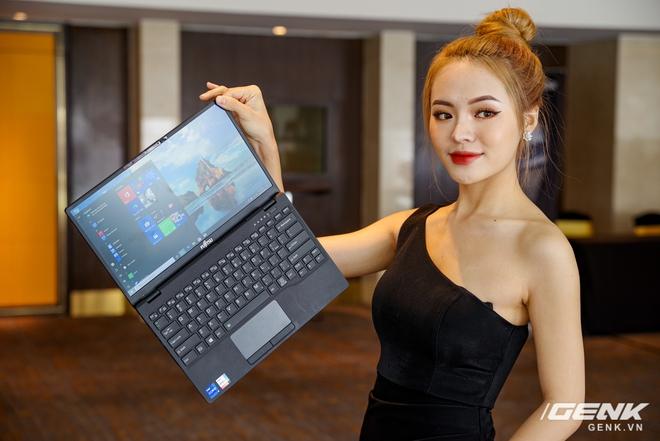 Fujitsu ra mắt laptop nhẹ nhất Việt Nam, sử dụng chip Intel thế hệ 11 Tiger Lake, giá từ 30 triệu đồng - Ảnh 8.