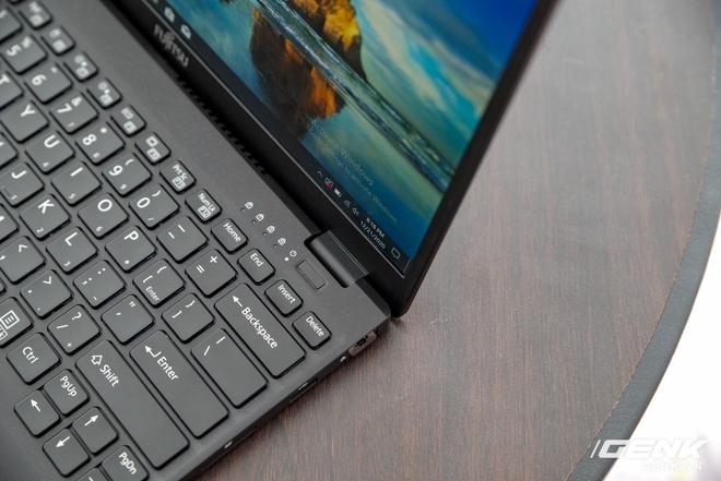 Fujitsu ra mắt laptop nhẹ nhất Việt Nam, sử dụng chip Intel thế hệ 11 Tiger Lake, giá từ 30 triệu đồng - Ảnh 6.