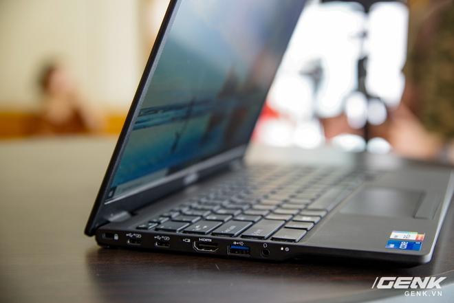 Fujitsu ra mắt laptop nhẹ nhất Việt Nam, sử dụng chip Intel thế hệ 11 Tiger Lake, giá từ 30 triệu đồng - Ảnh 13.