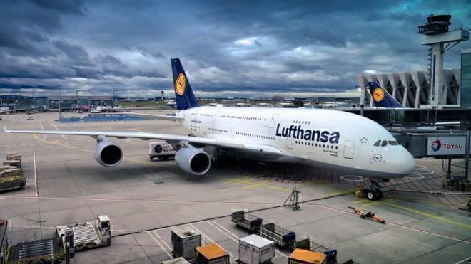 Vì sao hầu như tất cả máy bay đều có màu trắng? - Ảnh 4.
