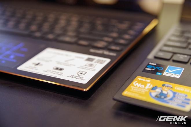 ASUS trình làng bộ đôi Zenbook Flip: thiết kế siêu mỏng, có thể gập mở 360 độ, màn hình OLED giá từ 26 triệu đồng - Ảnh 2.