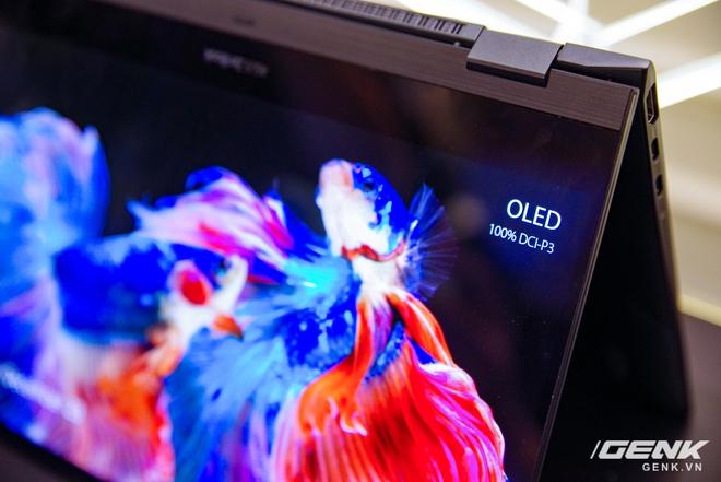 ASUS trình làng bộ đôi Zenbook Flip: thiết kế siêu mỏng, có thể gập mở 360 độ, màn hình OLED giá từ 26 triệu đồng - Ảnh 11.