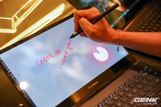 ASUS trình làng bộ đôi Zenbook Flip: thiết kế siêu mỏng, có thể gập mở 360 độ, màn hình OLED giá từ 26 triệu đồng - Ảnh 13.