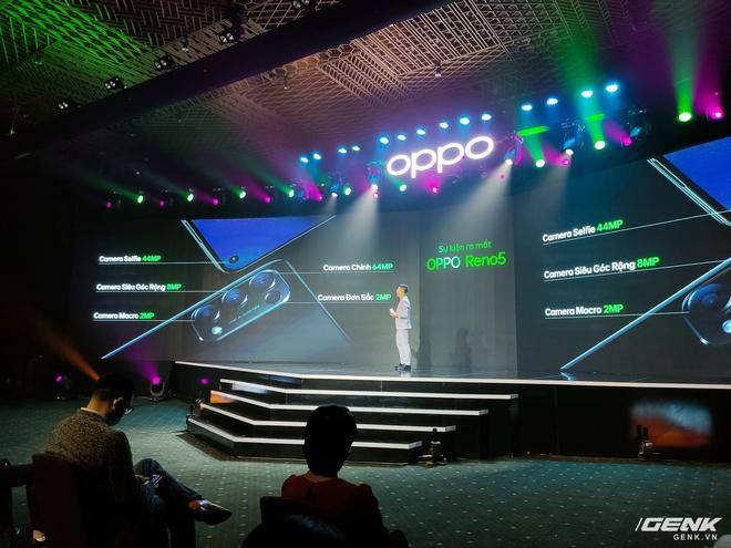 Nhìn lại OPPO Reno5 vừa ra mắt tại Việt Nam hôm nay: nhiều tính năng quay video lần đầu xuất hiện, giá 8,69 triệu đồng - Ảnh 1.