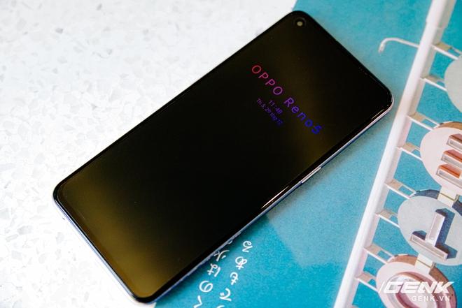 Trên tay OPPO Reno5 vừa ra mắt: Mỏng nhẹ, mặt lưng đa sắc, camera nâng cấp mạnh, sạc siêu nhanh 50W, chạy Android 11 - Ảnh 20.