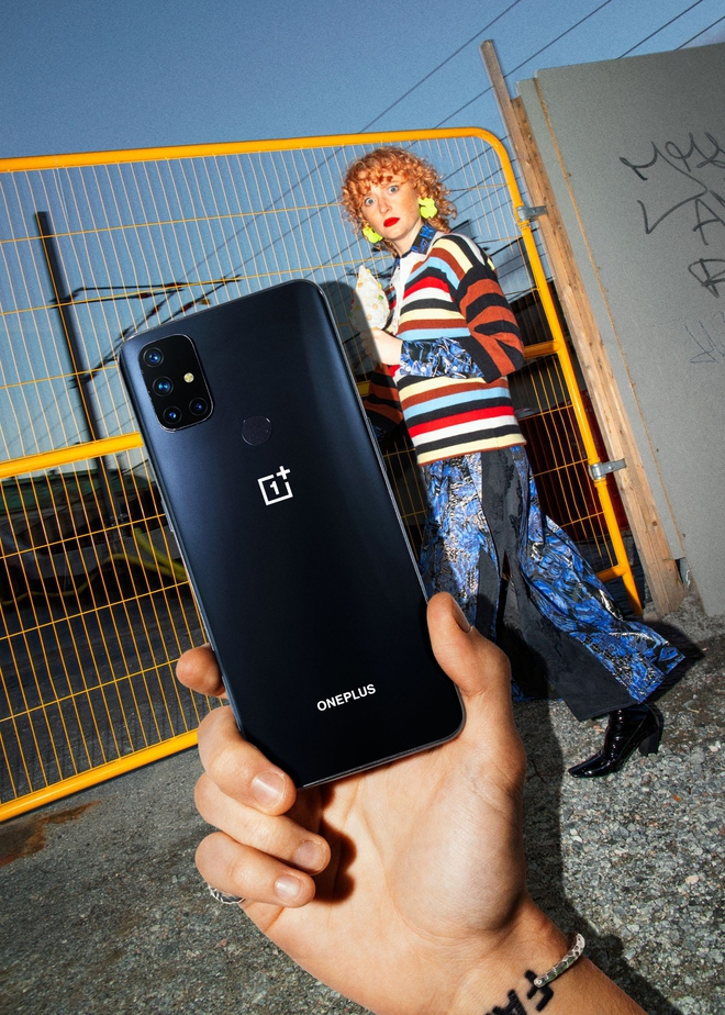 OnePlus ra mắt smartphone 5G rẻ nhất tại VN: Snapdragon 690, 4 camera 64MP, pin 4300mAh, giá 7.99 triệu đồng - Ảnh 1.