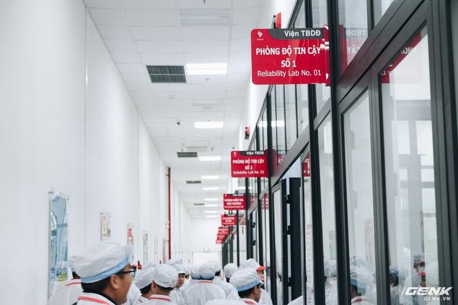 Bên trong nhà máy VinSmart tại Hoà Lạc - Ảnh 8.