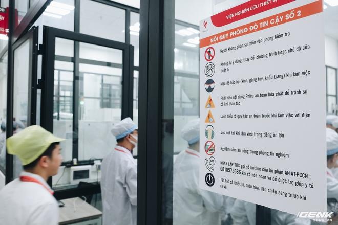 Bên trong nhà máy VinSmart tại Hoà Lạc - Ảnh 2.