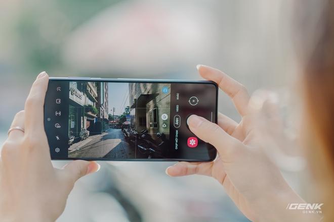 Đánh giá Samsung Galaxy M51: Ngoài pin 7000mAh còn gì đáng giá? - Ảnh 8.