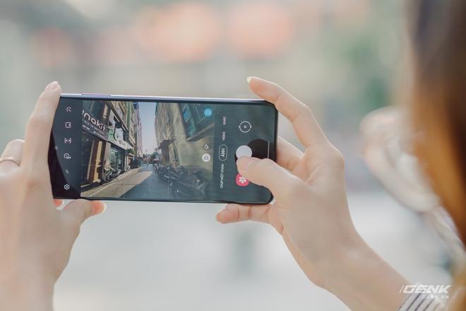 Đánh giá Samsung Galaxy M51: Ngoài pin 7000mAh còn gì đáng giá? - Ảnh 16.