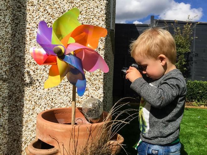 Nhiếp ảnh dễ thương: Nhìn Thế giới qua ống kính của cậu bé 19 tháng tuổi - Ảnh 30.