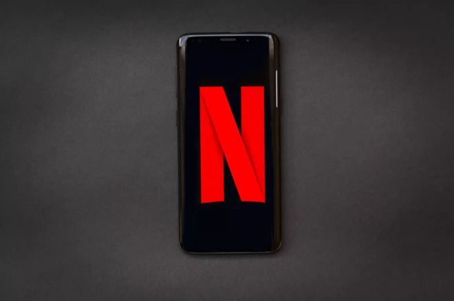 Samsung hợp tác với Netflix đem tới cho người dùng Galaxy nhiều nội dung mới - Ảnh 1.