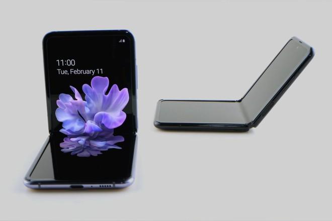 Samsung cam kết Galaxy Z Flip sẽ bền hơn nhiều so với Galaxy Fold - Ảnh 1.
