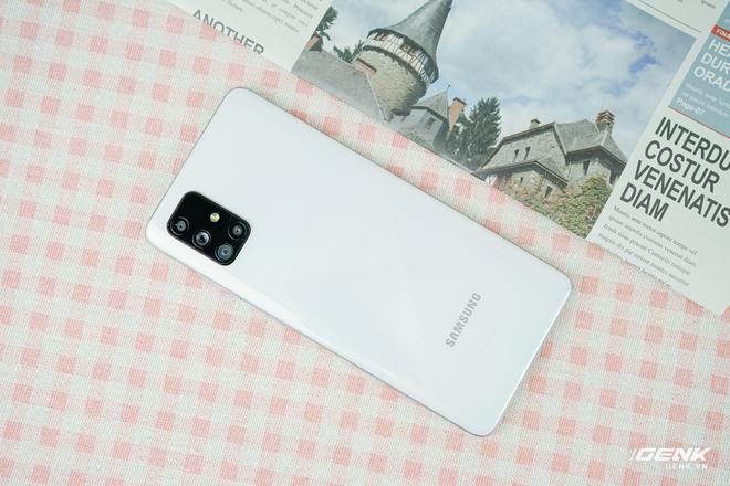 Đánh giá chi tiết Galaxy A71: Liệu có đáng mua trong phân khúc 10 triệu đồng? - Ảnh 1.