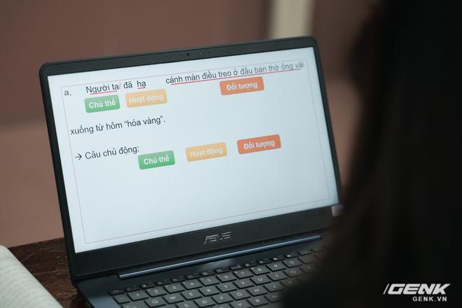 Ngồi ké lớp học online trong dịch Covid-19: Giảng bài qua voice chat, gửi bài tập bằng phần mềm và lý do phương pháp này cần thời gian để áp dụng rộng rãi - Ảnh 3.