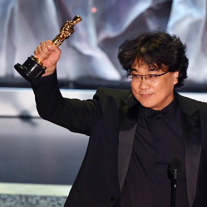 Chiến thắng tại Oscars 2020 đã giúp sức hút của Parasite trở nên lớn hơn bao giờ hết, thôi thúc khán giả tiếp tục ra rạp để thưởng thức kiệt tác này, kể cả trước đó họ đã xem đến 2 - 3 lần.